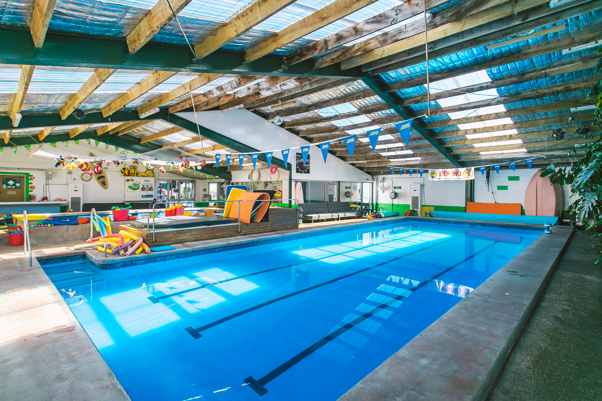 Swim Central Big Pool
